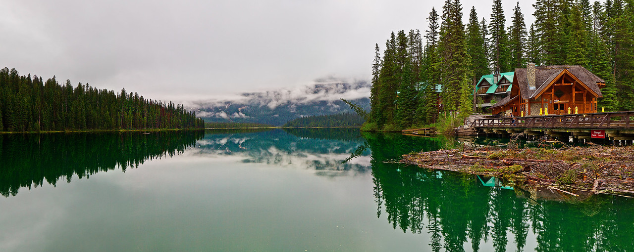 Panorama (size 14000 x 5580, merged x6 photos), Canadian Rockies, Yoho National Park, Emerald Lake, Rain, Landscape, 全景摄影, 加拿大 风景