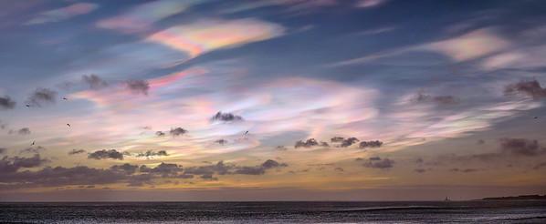Rainbow sky pano 9