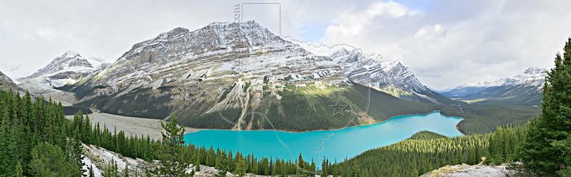 Panorama - Petyo Lake, Caldron Peak (center), Peyto Peak (left),<br /> Banff National Park, Alberta, Canada