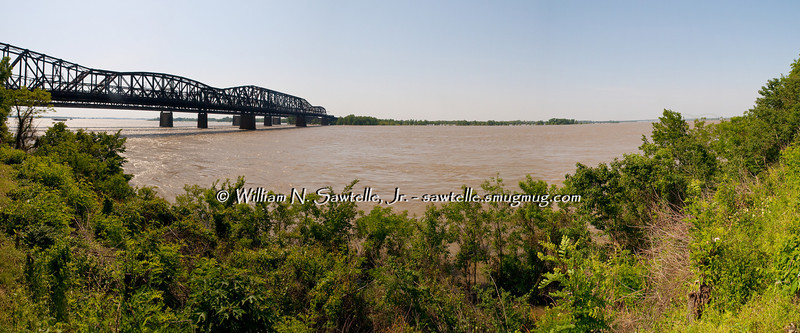 Mississippi River from Church on the River<br /> May 7, 2011 - Stage 46.8+/-