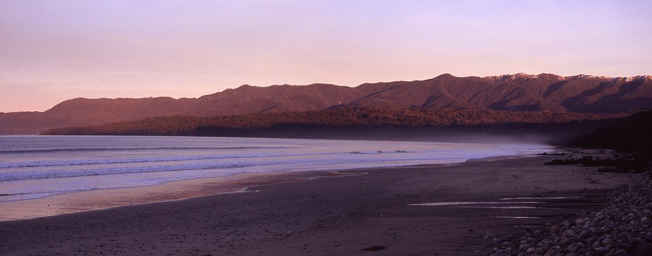 Te Wae Wae Bay, Southland