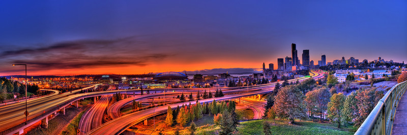 Seattle from Rizal bridge<br /> <br /> HDR pano