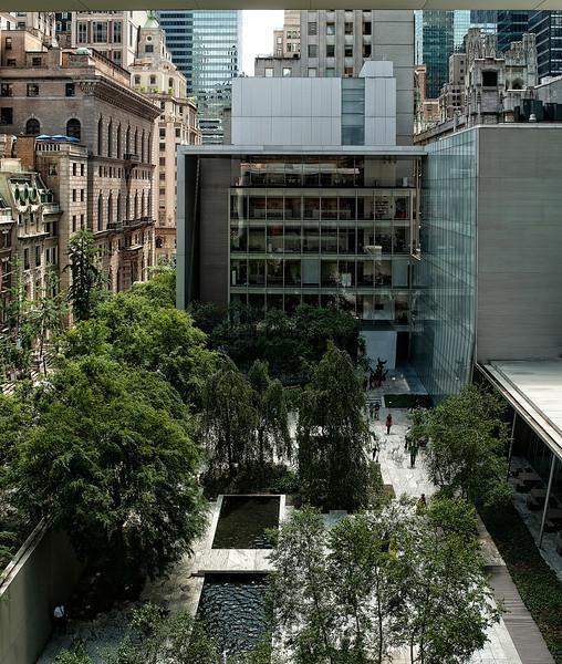 New York - MOMA Cafe View - Vert Pano