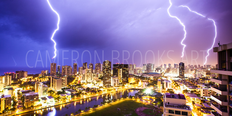 Waikiki Lightning