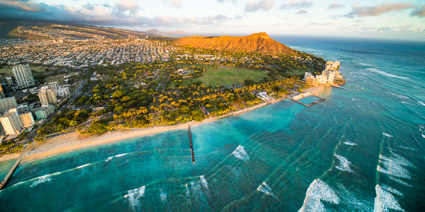 Waikiki Break Wall Ripples