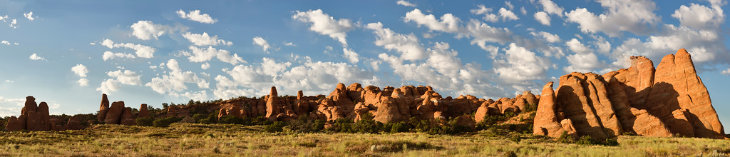Phyllis's panorama of the wall at Sand Dune Arch