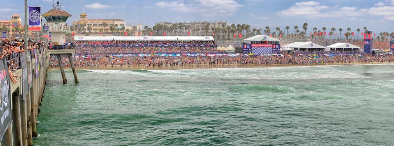 Huntington Beach Pier - Vans Pro Surfing Tour