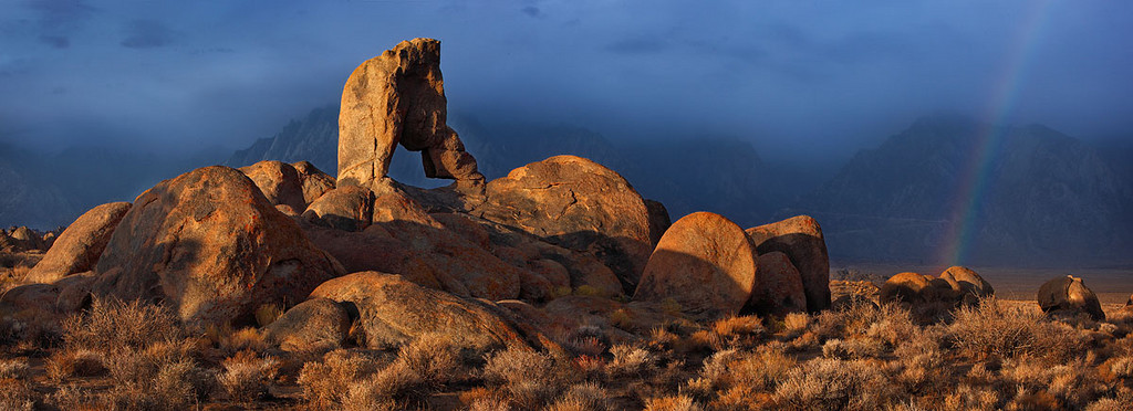 Lady Boot Arch<br /> Alabama Hills