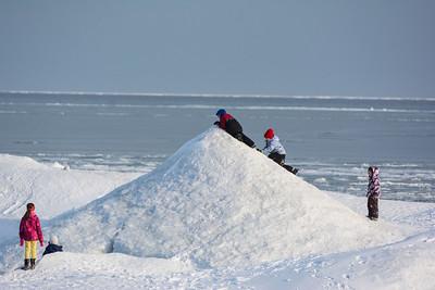 Kids on Ice Mountain