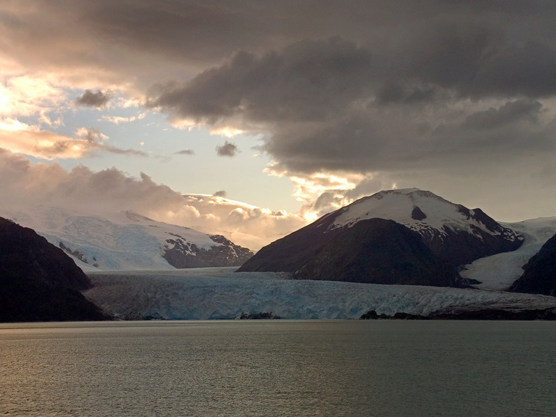 Amalia Glacier (also known as Skua Glacier),at Bernardo O'Higgins National Park in Southern Patagonia.