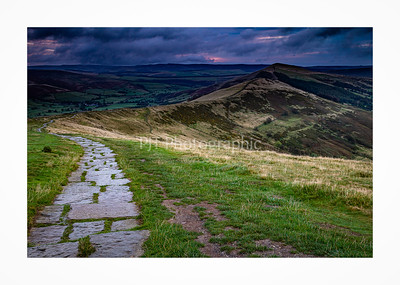Path to the ridge on Mam Tor