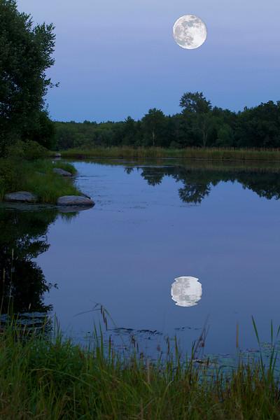 July Moon at Lukan's Farm Resort