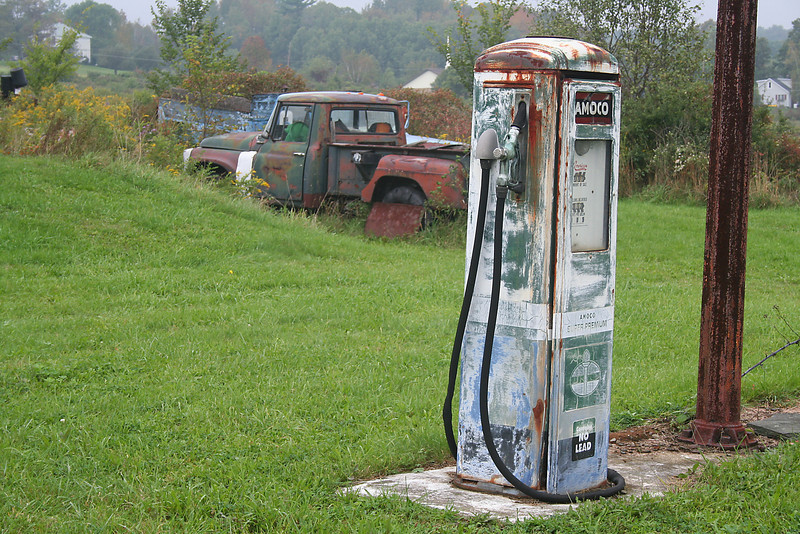 Abandoned Amoco Gas Pump - 33 Cents per Gallon