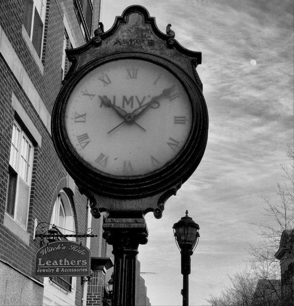 Old Almy's Clock, Salem, MA