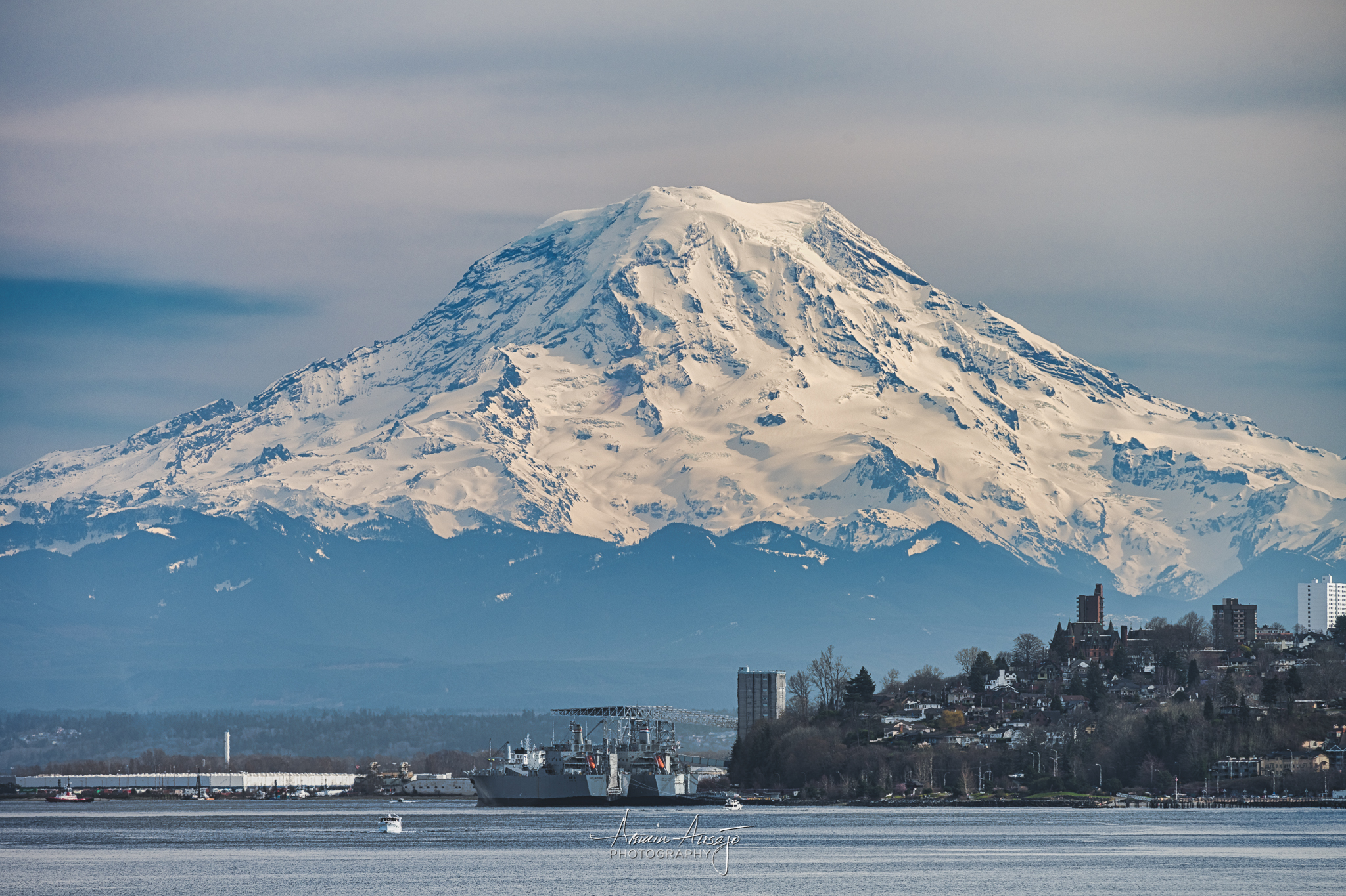Mt. Rainier from Point Defiance with the Nikkor 300mm f/4E PF ED VR