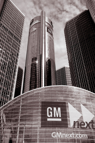 The GM Building on a beautiful Saturday morning
