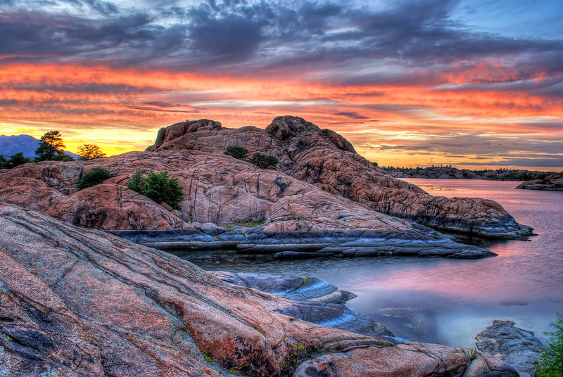 Colorful Sunset at Willow Lake, Prescott