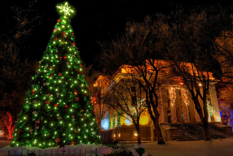 Winter Courthouse Christmas Lights and tree , Prescott