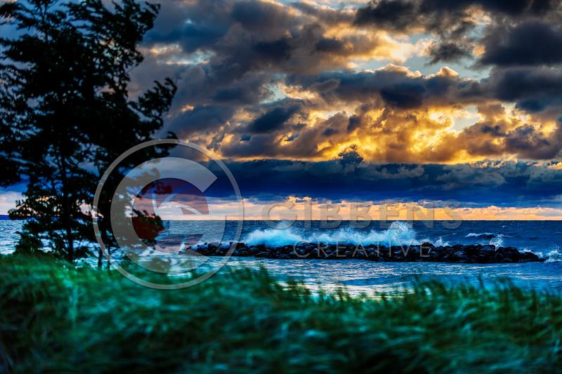 Big Waves 192