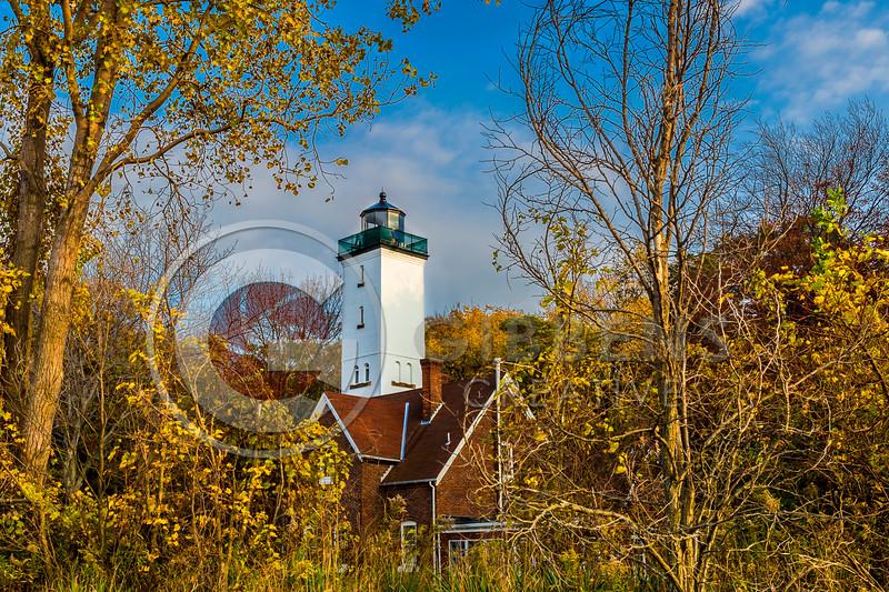 PI Lighthouse Fall Sunny Angle