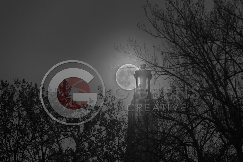 Perry Monument Super Moon