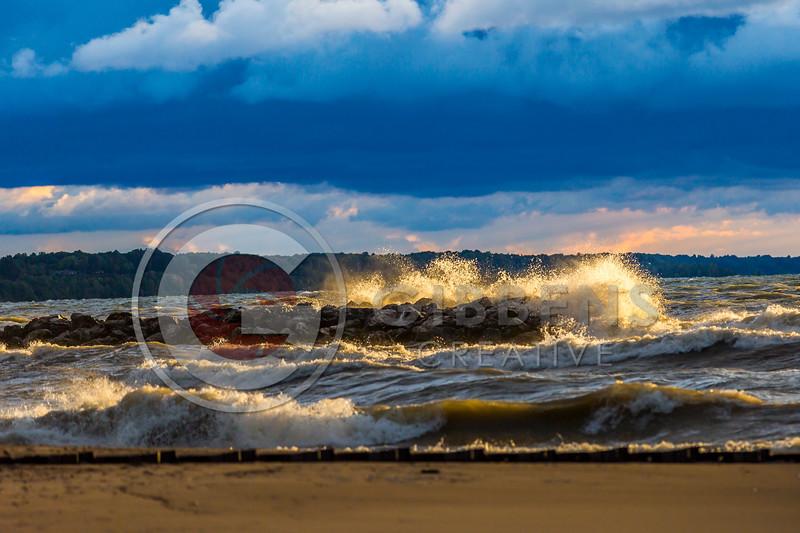 Big Waves 147