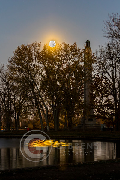 Super Moon 11 13 16 Perry Monument Wide