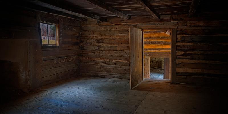 Interior of Elijah Oliver Cabin