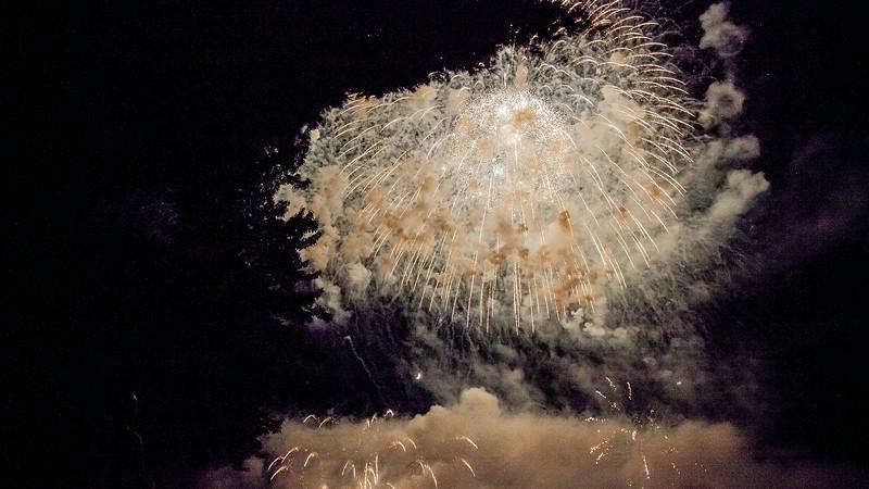 Quake on the Lake Fireworks
