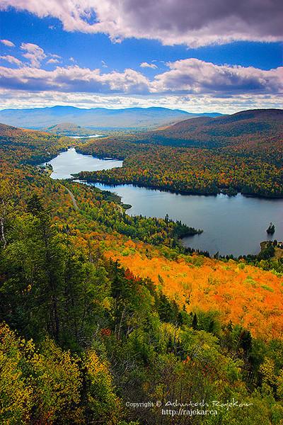 Fall Colors on Lac Monroe, La Roche summit in Mont-Tremblant
