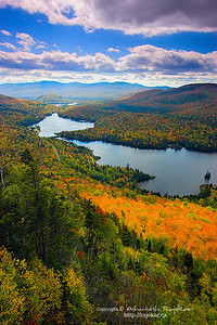 Fall Colors on Lac Monroe, La Roche summit in Mont-Tremblant