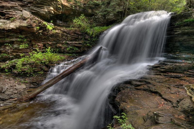 Shawnee Falls (30 ft)