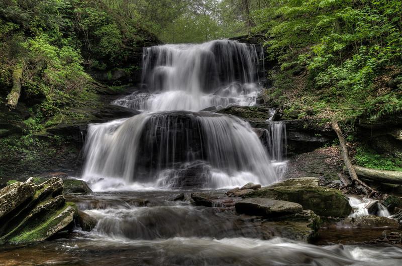 Tuscarora Falls (47 ft)