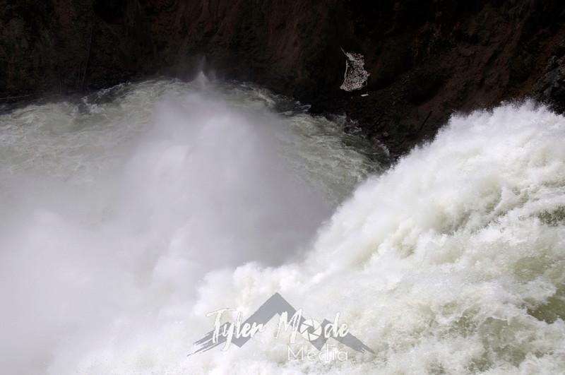 1108  G Brink of Upper Falls