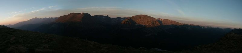 pano-sunrise-continental divide