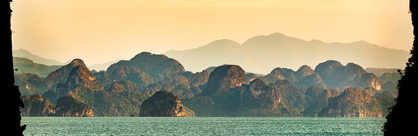 Sun on Halong Bay