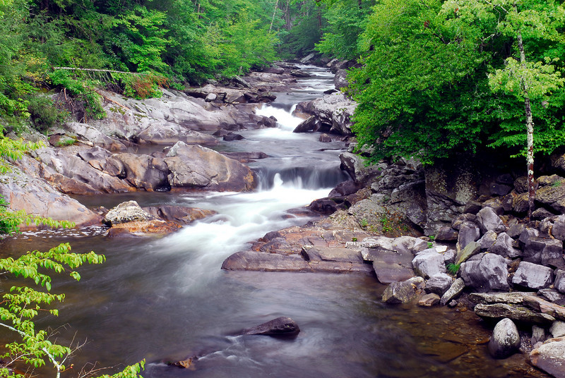 SMOKIE MOUTAIN STREAM