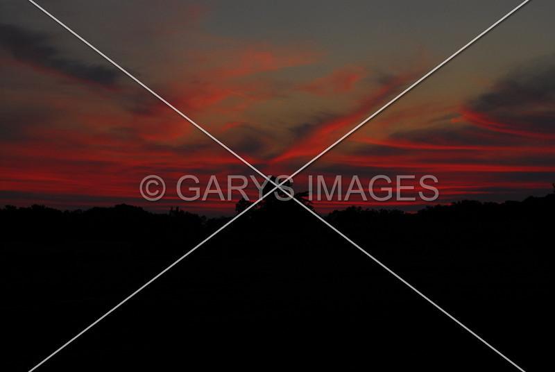 RED SKY AT NIGHT DELIGHTFUL