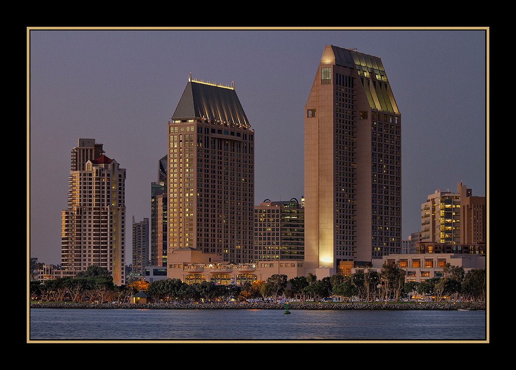 IMAGE: https://photos.smugmug.com/Landscapes/San-Diego-California/i-gXkBSk8/0/47e4d4e8/XL/Coronado%20San%20Diego%20Bay_2463%20-XL.jpg