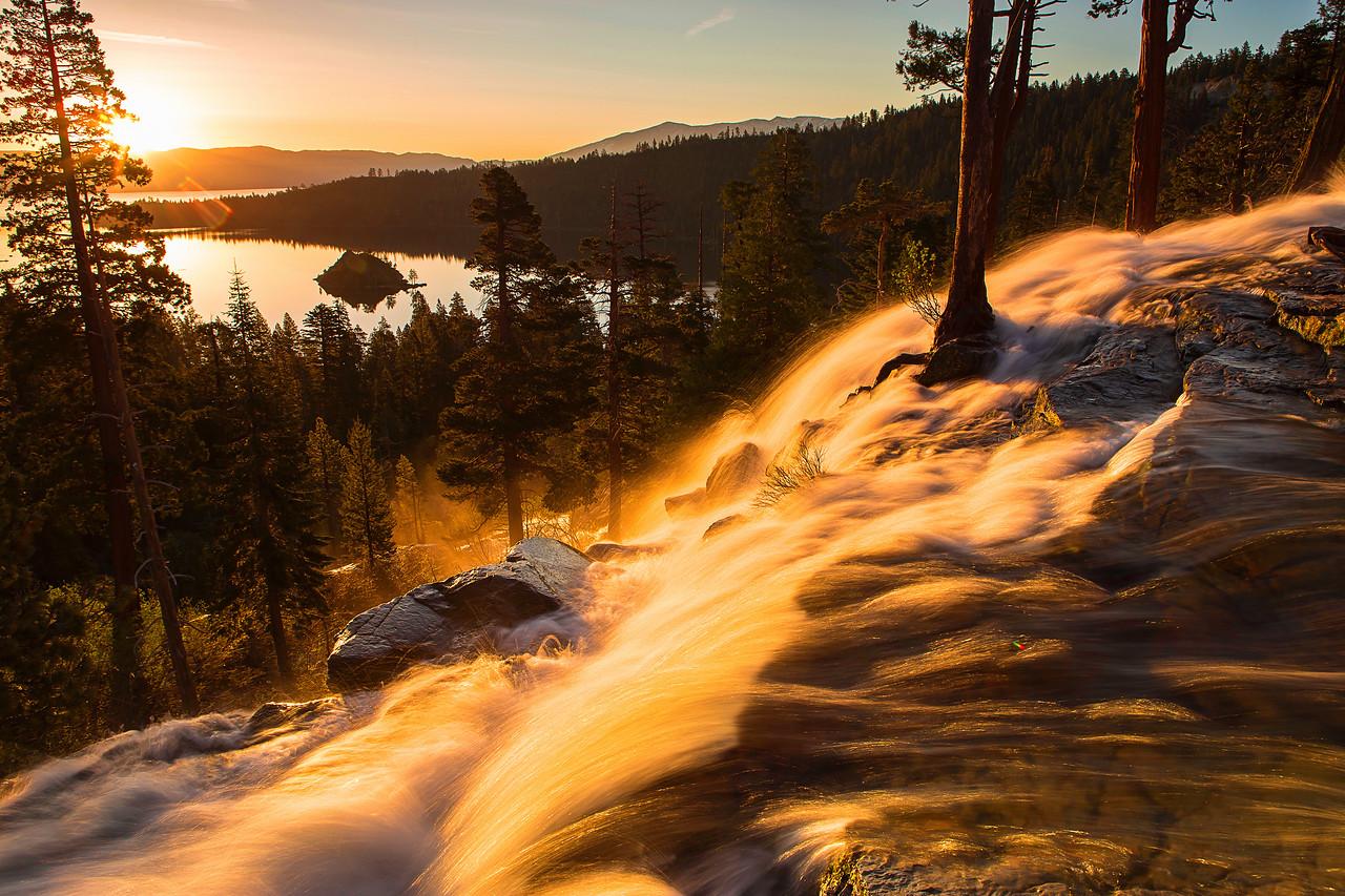 California; Eagle Falls; Emerald Bay State Park; Lake Tahoe; Sunrise; 加利福尼亚; 太浩湖; 日出; 翡翠湾公园