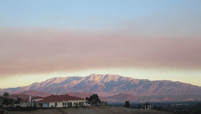 San Gabriels with smoke from the Woodhouse Fire, 6 Oct 2005