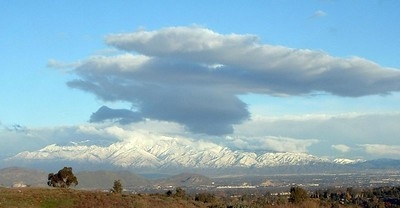 San Gabriel Mountains from Canyon Crest area, 22 Nov 2004