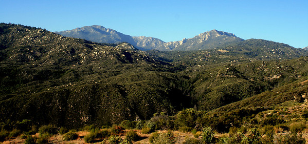 Highway 74, White Post Turn: Marion Mountain (L) and Tahquitz Peak (R), 21 Jun 2009