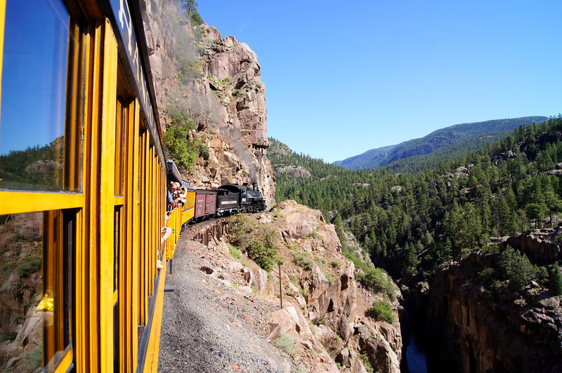 The train has been used extensively by Hollywood producers, transporting actors (John Wayne, Paul Newman, Robert Redford, Marilyn Monroe and others) along with film crews.