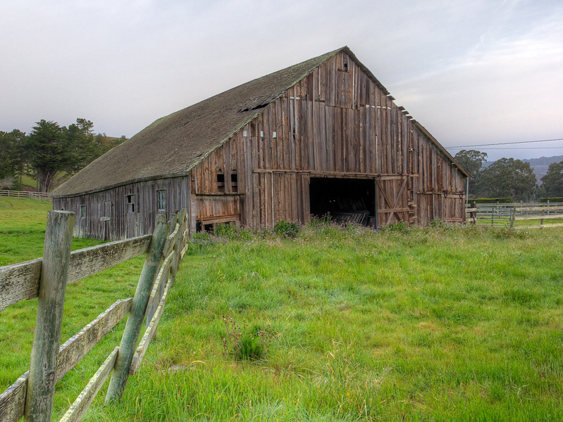 Barn, Tunitas Creek Road