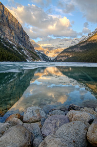 Lake Louise - Ice melts rapidly every year in the first week on June