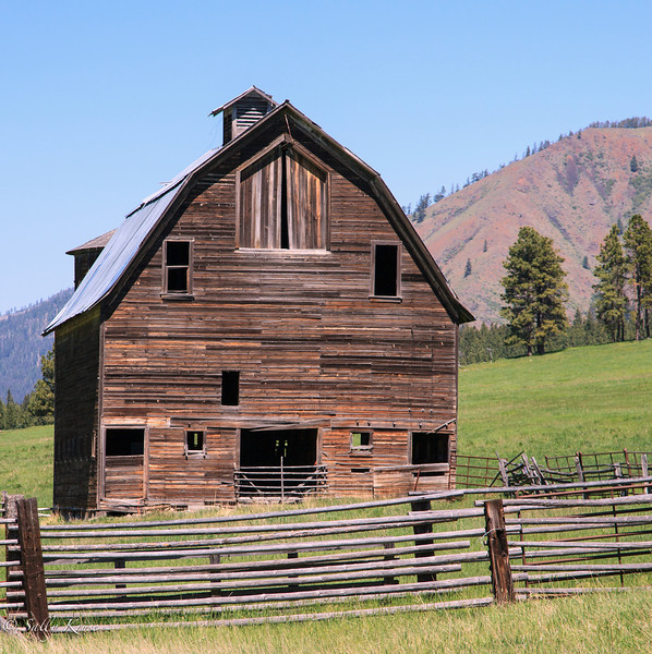 Old homestead in Kittitas County, in the state of Washington.