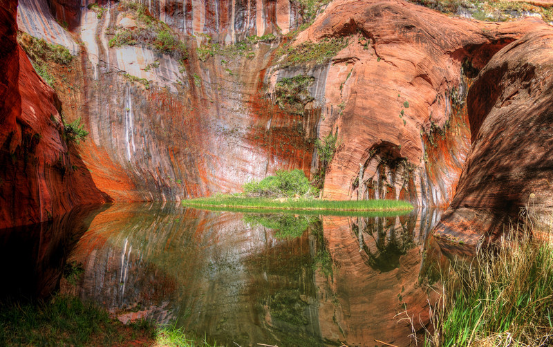 Coyote Gulch Swimming Hole