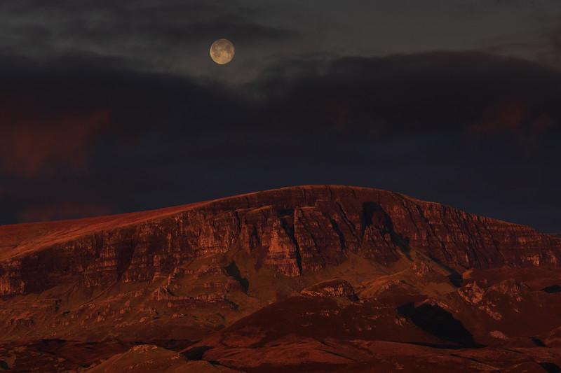 Quiraing Sunrise/Moonset