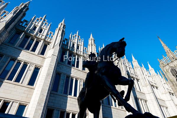 Marischal College and King Robert the Bruce, Aberdeen, Scotland